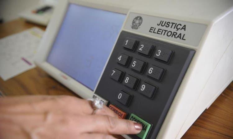 """""""A justiça eleitoral tem movido montanhas para essas eleições"""", diz presidente do TRE-SC"""