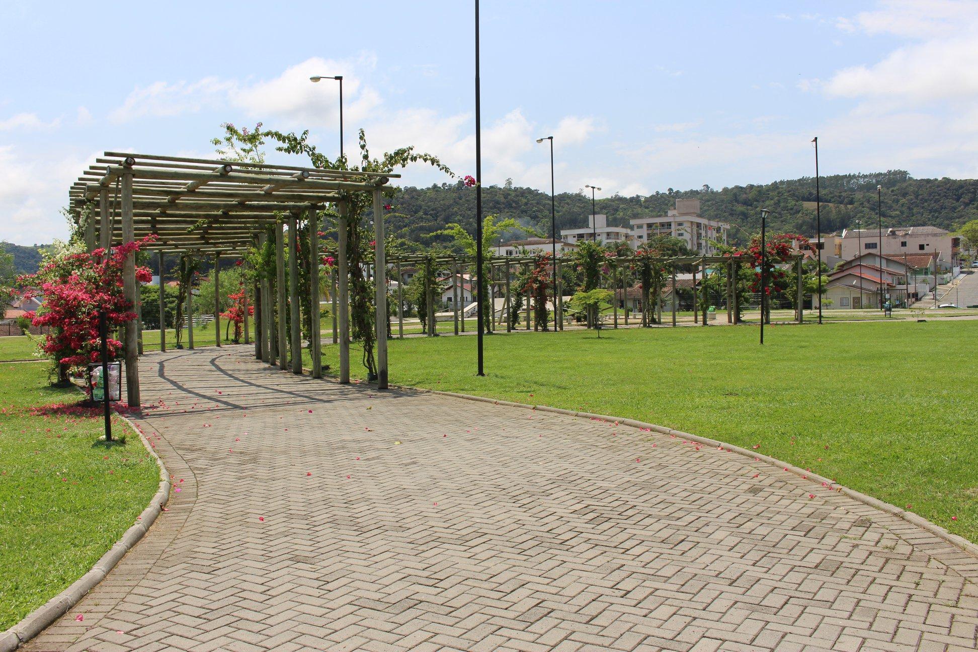 """""""Parque da Cidade"""" é reaberto para atividades físicas em Ituporanga"""