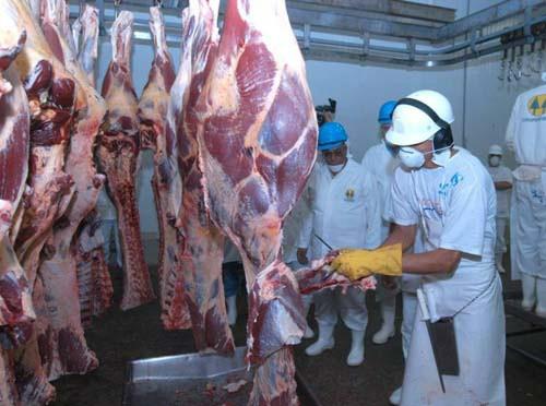 China retira embargo à carne bovina do Brasil