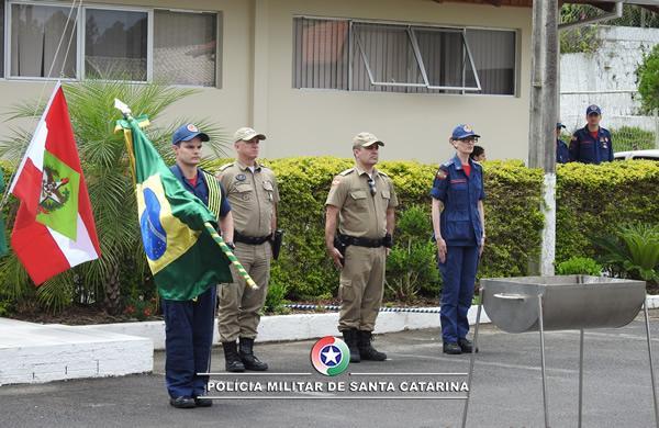 13º BPM realiza solenidade alusiva ao Dia da Bandeira Nacional