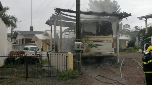 Incêndio em ônibus é registrado em Rio do Sul