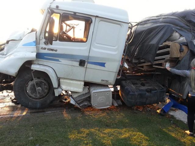 Homem morre em acidente envolvendo dois caminhões na BR-470, em Ibirama