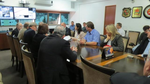 Representantes do Alto Vale e Facisc reúnem-se com secretário de segurança e reivindicam aumento do efetivo na região