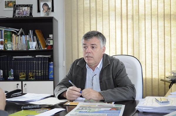 Prefeito de Imbuia assume presidência da AMAVI