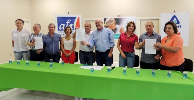 ITUPORANGA - Diretor presidente da Casan anuncia possibilidade de utilizar água da represa Perimbó para abastecer cidades da região