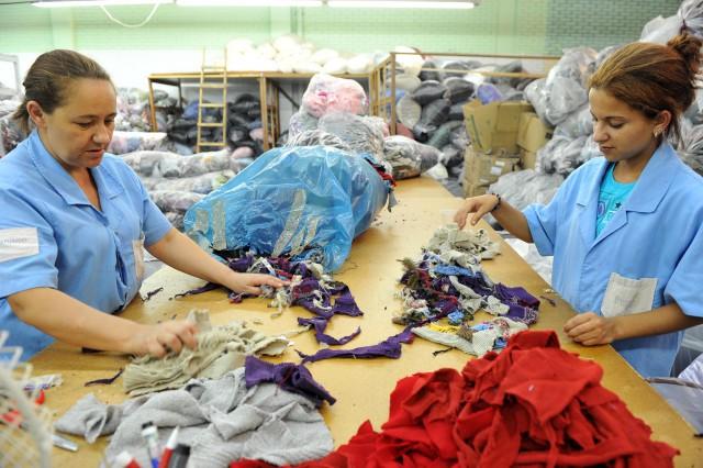 Facções de Ituporanga se mobilizam para fazer descarte correto de resíduos da costura
