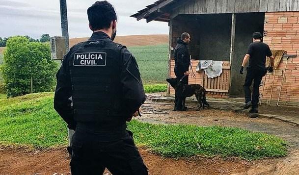 Ação conjunta resulta em prisão e apreensão de cocaína e munições em Atalanta