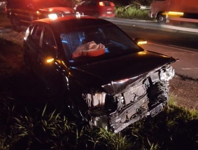 Acidente com motorista embriagado envolve dois carros e deixa seis feridos na BR-470