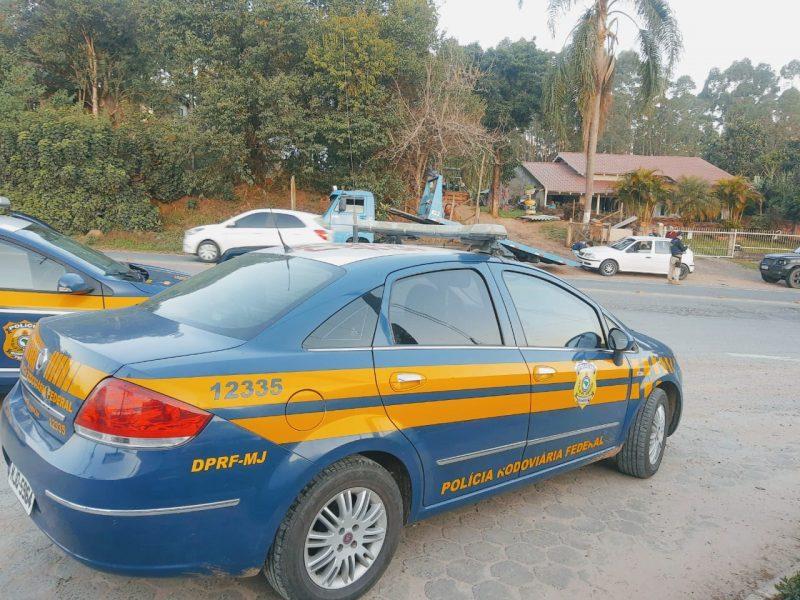 Adolescente é flagrado dirigindo na BR-470 em Ibirama