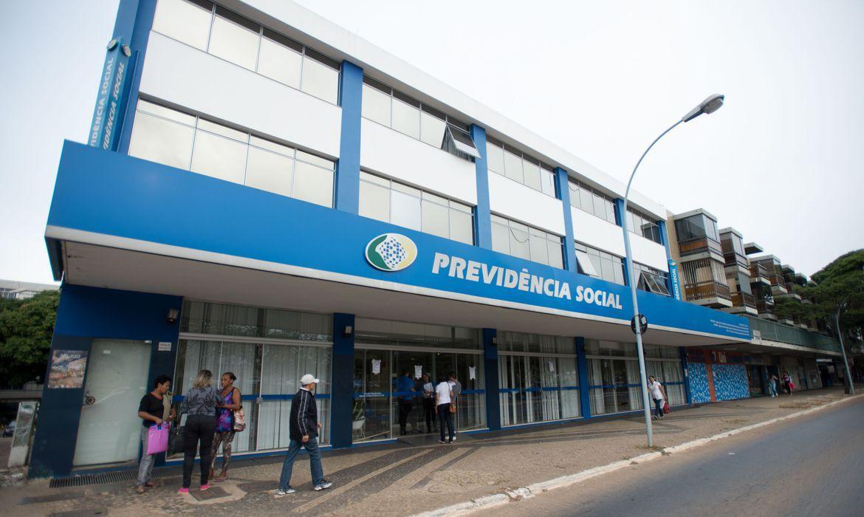 Agências do INSS retomam atendimento presencial na segunda-feira (14)