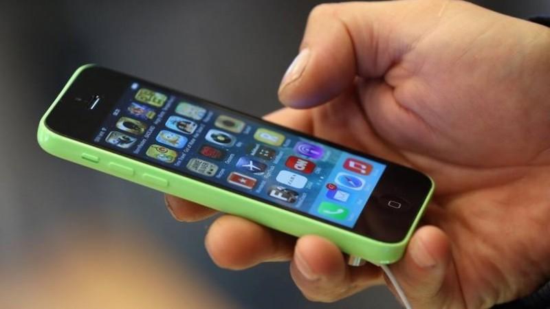 Anatel: celulares 'piratas' serão bloqueados a partir de 8 de dezembro em dez estados