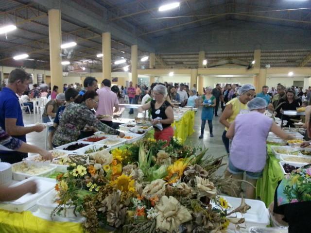 Apae de Imbuia promove o 25ª Jantar do Milho Verde
