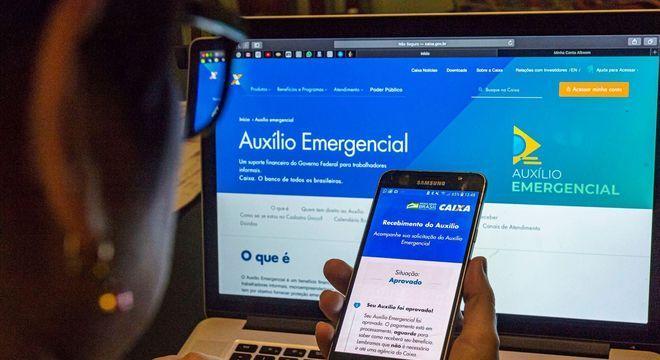Auxílio emergencial pode ser estendido até o fim do ano, diz Bolsonaro