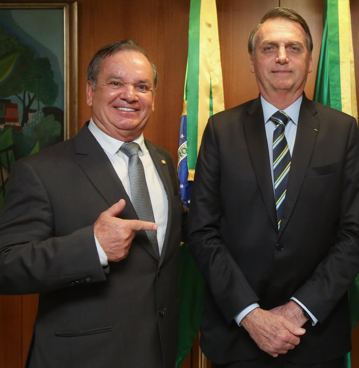Bolsonaro recebe bancada catarinense nesta quinta (15)