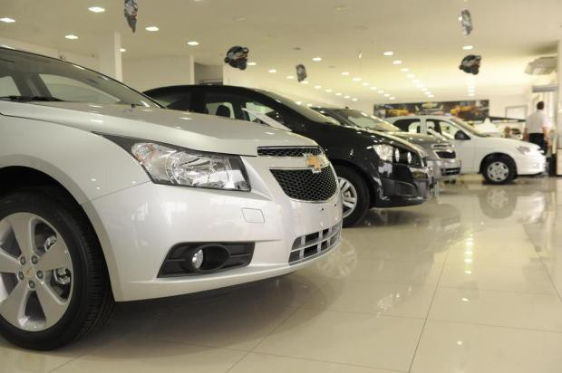 Governo já teria decidido manter IPI reduzido para veículos