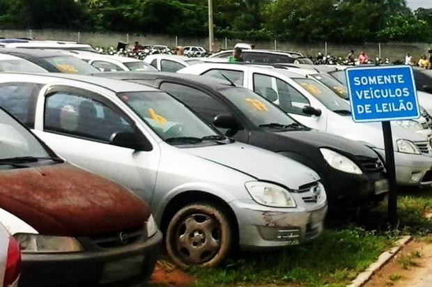 Detran de Santa Catarina promove leilão de 800 veículos usados na próxima terça