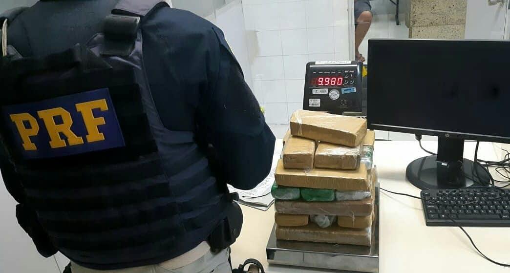 Casal é preso e 10 kg de maconha apreendidos na BR-282 em Rancho Queimado
