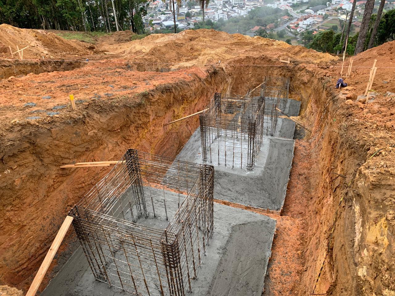 Construção da estátua de Nossa Senhora de Lourdes em Ituporanga é destaque estadual