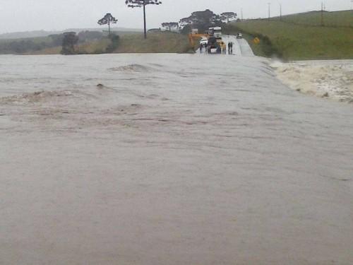 Barragem de PCH rompe e cidade de Arvoredo é evacuada