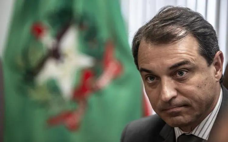 """Dia """"D"""" para o governador afastado de Santa Catarina Carlos Moisés"""