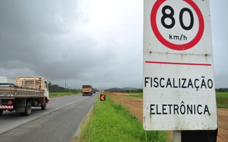 DNIT instalará 35 radares na BR-470 entre Navegantes e Pouso Redondo