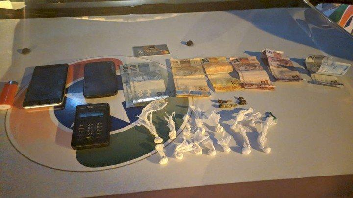 Dupla é presa suspeita de tráfico de drogas em Ituporanga