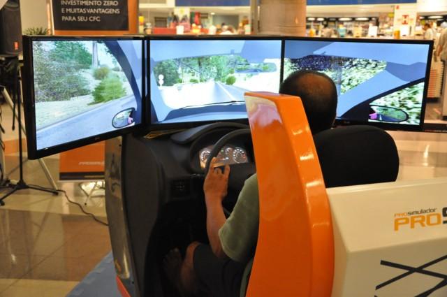 Contran torna obrigatório uso do simulador de direção