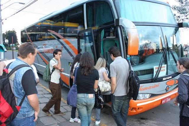 VIDAL RAMOS - Educação garante transporte intermunicipal gratuito para ano letivo de 2015