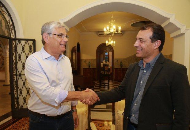 Eduardo Moreira e governador eleito Carlos Moisés iniciam processo de transição