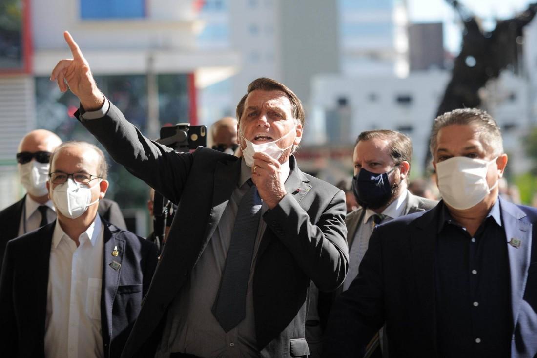 """Em Chapecó, Bolsonaro defendeu o """"tratamento imediato"""" contra a Covid e garantiu que """"não haverá lockdown nacional"""
