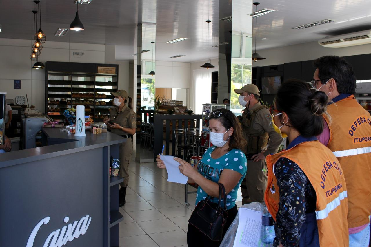 Equipe inicia trabalho de orientação e fiscalização do uso de máscaras em Ituporanga