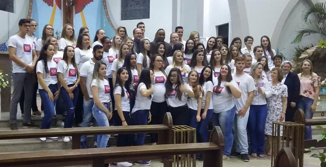 Escola Técnica Bom Jesus forma mais 66 técnicos em enfermagem