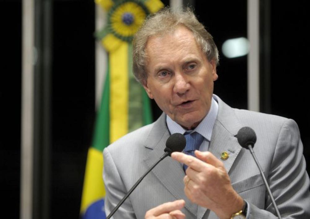 Ex-senador Casildo Maldaner é internado em estado grave em Florianópolis