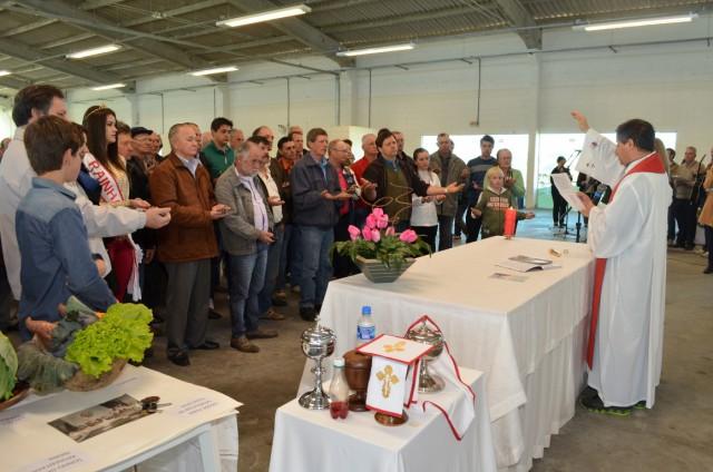 Mais de 1000 pessoas prestigiam Festa do Colono de Vidal Ramos