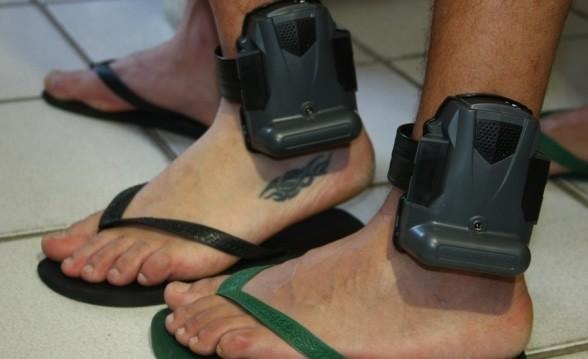 Presos serão monitorados por tornozeleiras eletrônicas no Vale