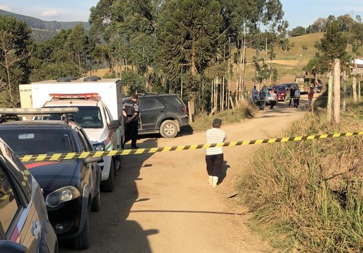 Família é encontrada morta no interior de Alfredo Wagner
