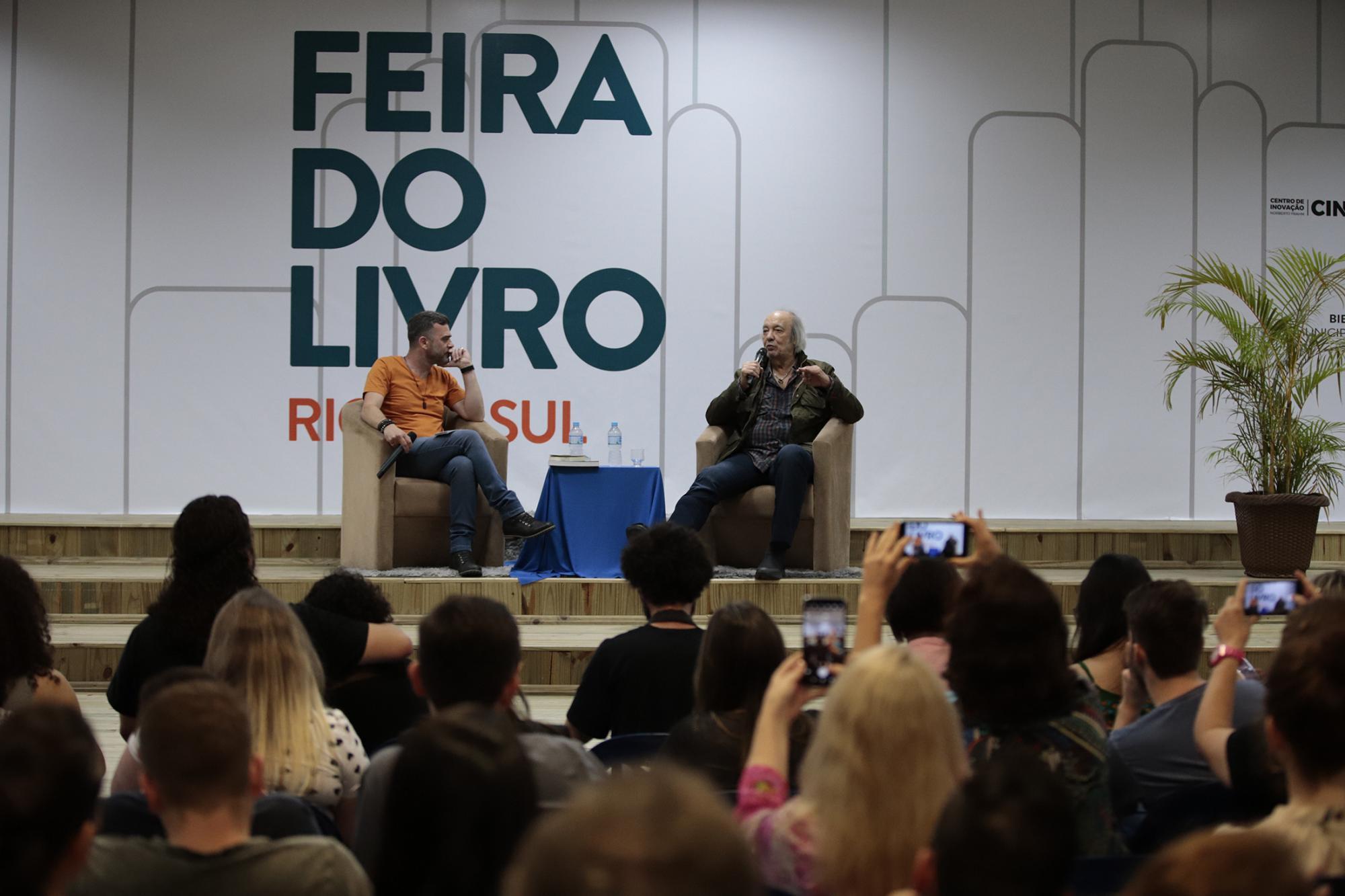 Feira do Livro de Rio do Sul recebe 13,5 mil visitantes