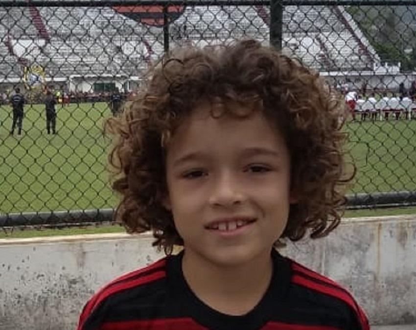 Garoto de Ituporanga assina com Flamengo