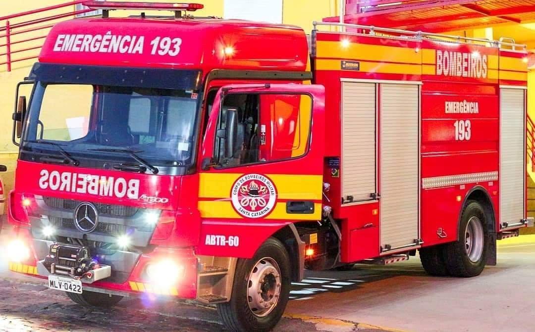 Governador autoriza pagamento a bombeiros comunitários que atuam nos quartéis de SC