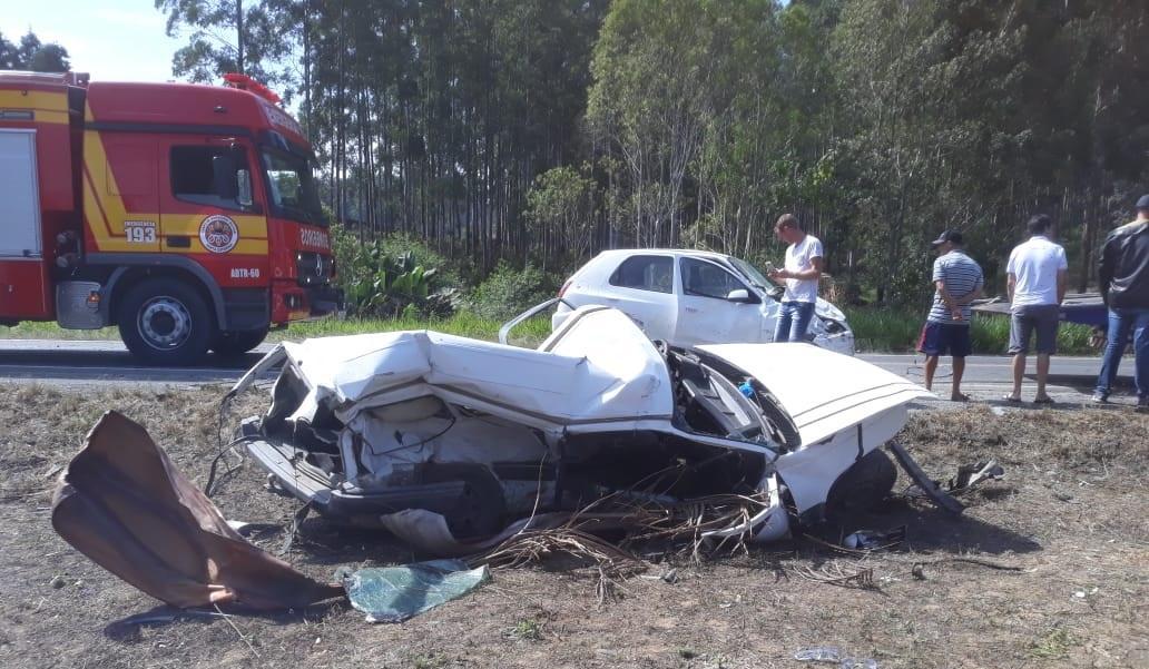 Grave acidente envolvendo três veículos deixa morto e feridos na SC-350 em Ituporanga