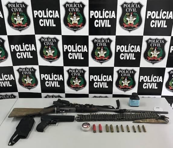 Homem é preso com arma e munições, paga fiança e é liberado em Petrolândia