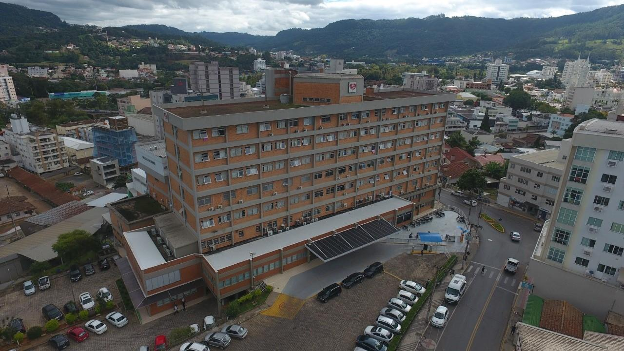 Hospital Regional Alto Vale alerta para tentativa de golpe