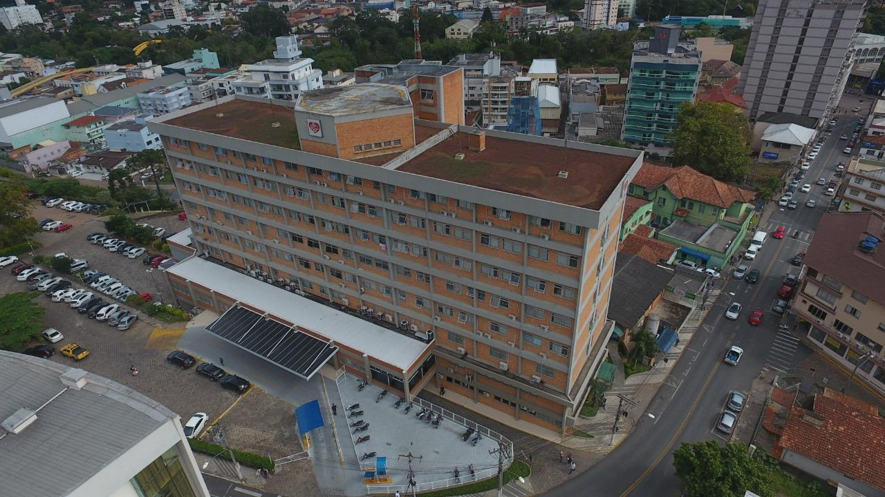 Hospital Regional Alto Vale suspende temporariamente todas as visitas