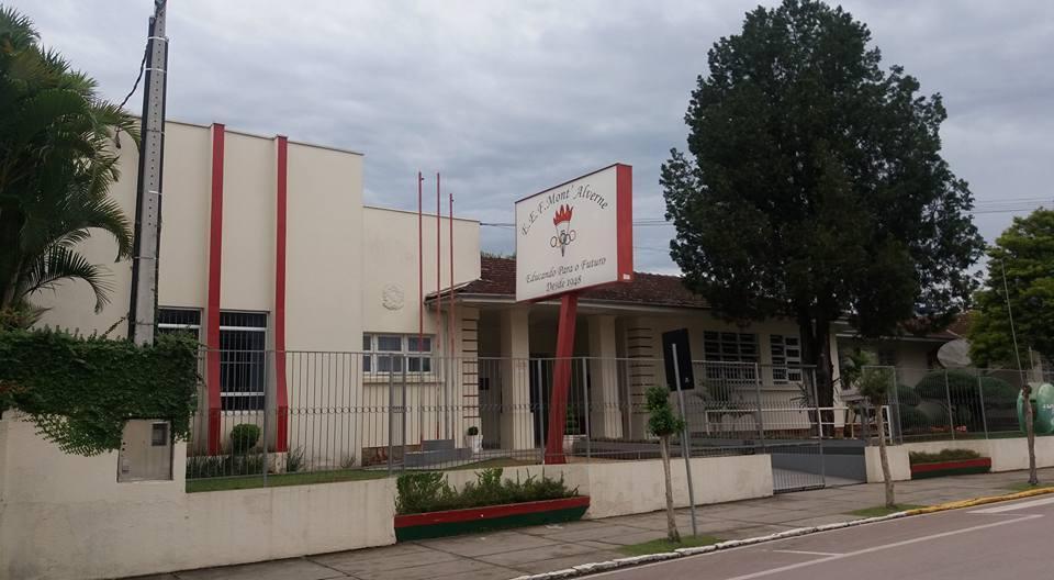 Inicia revitalização da Escola Mont' Alverne em Ituporanga