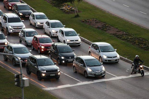 IPVA parcelado de veículos com placas final 1 vence dia 11 de janeiro