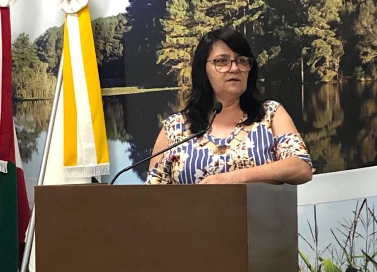 Ires Schmitz Weber é eleita a presidente da Câmara de Vereadores de Petrolândia para os próximos dois anos