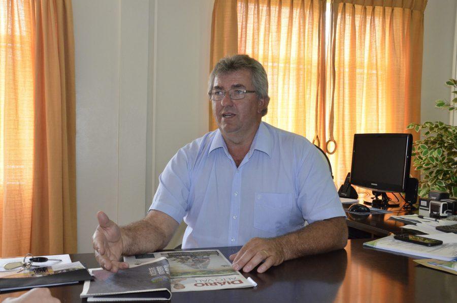 João Schwambach volta ao comando da administração de Imbuia