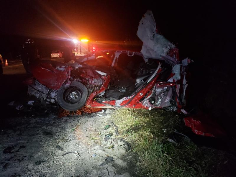 Jovens morrem em acidente na BR-470, em Pouso Redondo