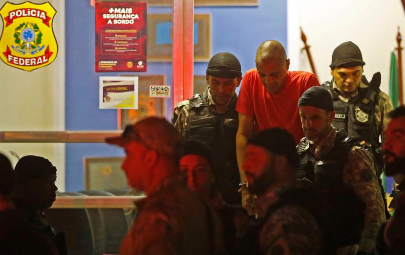 Justiça absolve autor de facada em Bolsonaro e determina internação