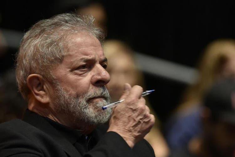 Lula é condenado em segunda instância pelo sítio de Atibaia; TRF4 eleva pena para 17 anos